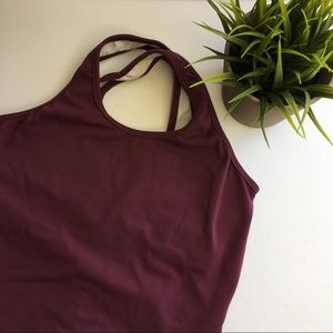 Workout crossed back straps tank top